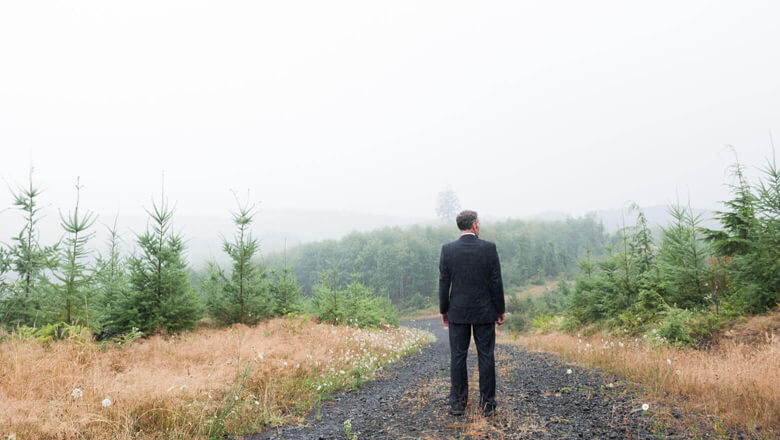 Facing a Post-MBA Career Crossroads: How To Pull a Successful Career Pivot