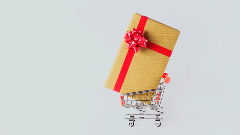 Maximizing Holiday Deals, Minimizing the Risk