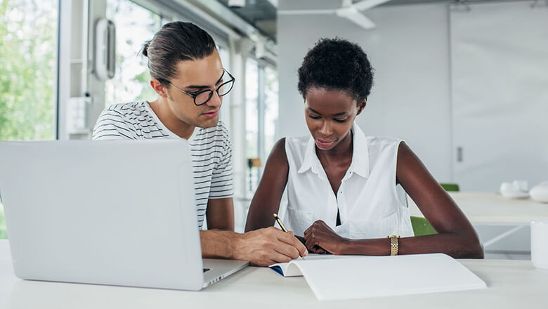 How to Find The Right Financial Mentor