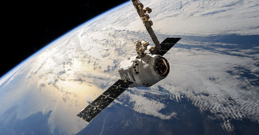 Google Inks a Cloud Deal With SpaceX