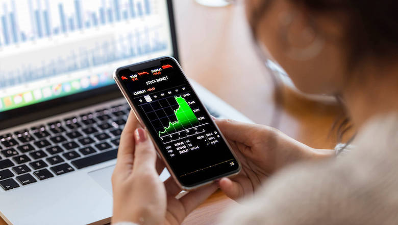 How to Use the Fear and Greed Index to Your Advantage