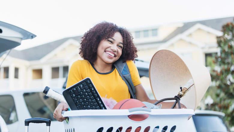 33 Ideas for Saving Money While Dorm Shopping