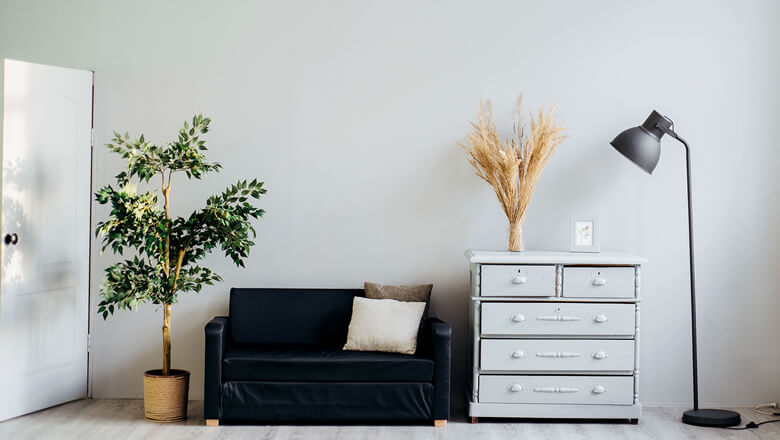 Pros & Cons of Buying A Starter Home