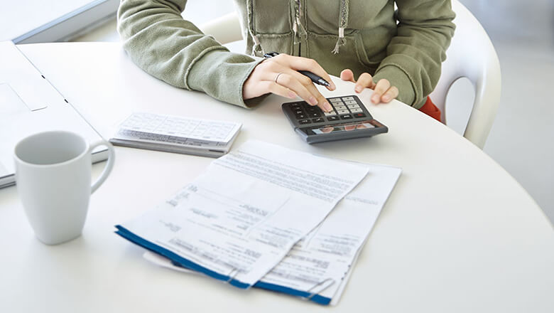 Using the Debt Avalanche Method of Paying Off Debt