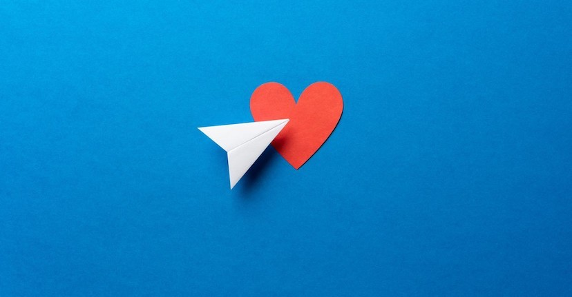 paper airplane with heart